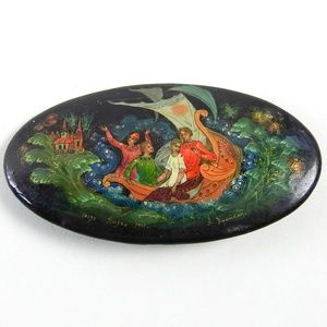 Vintage Russian Lacquer Signed Hand Painted Brooch